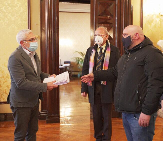 Fiepet e Fipe: consegnate al Prefetto 500 firme a sostegno delle istanze degli esercenti e delle filiere collegate