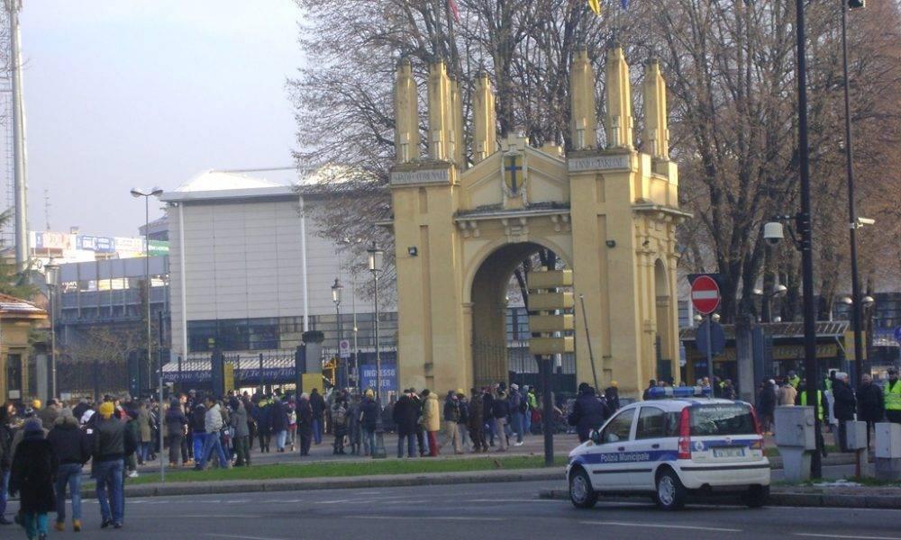 Confermato il divieto di vendita, somministrazione e consumo di alcoolici in zona stadio, in occasione delle partite del Parma